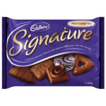 Cadbury Signature Biscuits Selection 300g