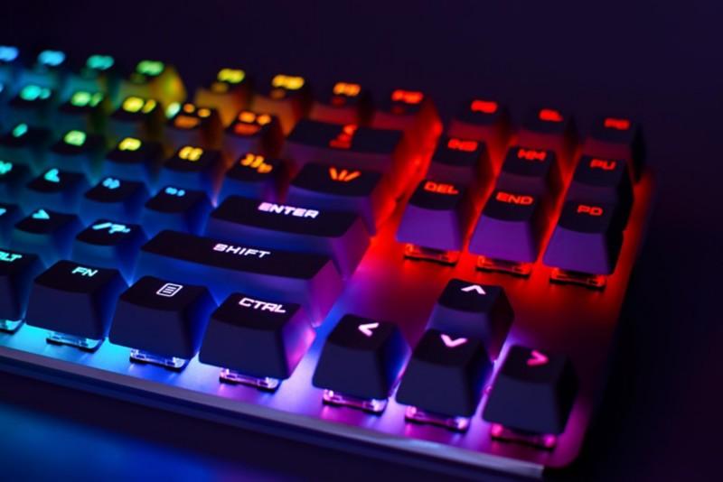 Gaming-Tastatur mit RGB-Beleuchtung