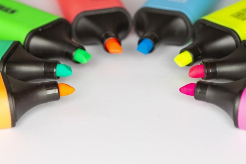 Textmarker in unterschiedlichen Farben